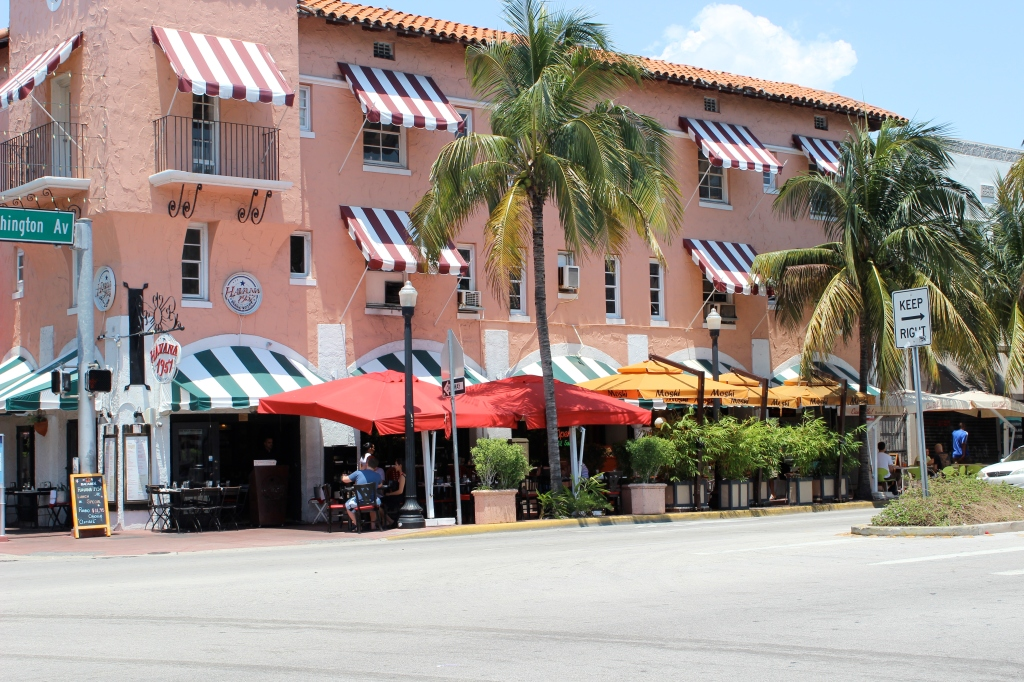 Located right on the corner of Washington and Espanola Way, this is a perfect place for a romantic dinner with a uniquely Cuban flair.